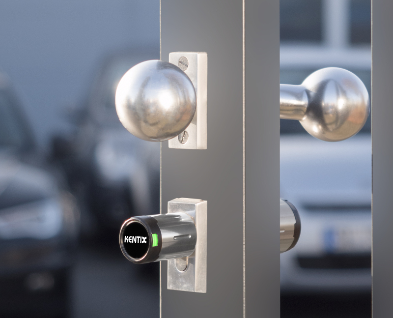 Wireless Door Knob: Universally Applicable and Ingeniously Easy
